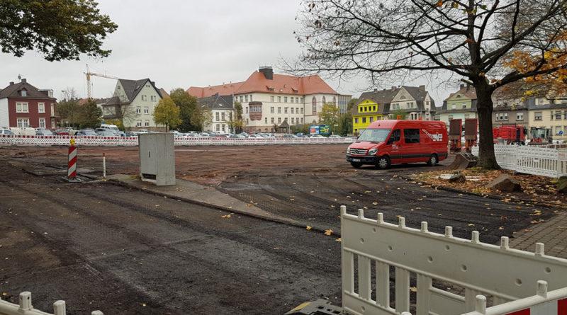 Der Hindenburgplatz wird nun von Grund auf saniert (Foto: Hell)
