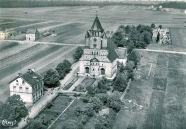 Um 1950 © http://www.warndtdom.de