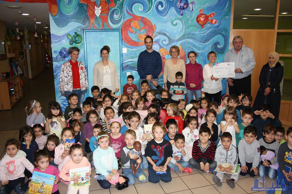 Spendenübergabe an die KiTa Kunterbunt: Deutsches Kinderhilfswerk fördert frühkindliche Demokratiebildung (Foto: Grieger)