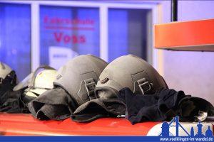 Wie viel Ruß der Qualm mit sich trug zeigen diese Helme (Foto: Hell)
