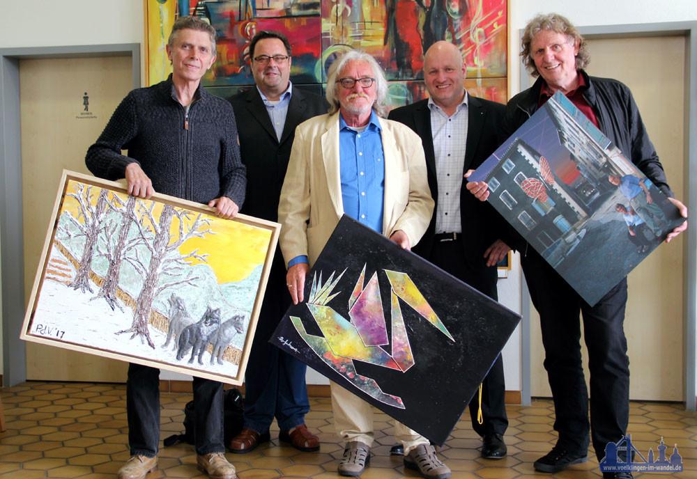 V.r.n.l.: Peter de Vries, Island; VHS-Direktor Karl-Heinz Schäffner; Reinhold Schwarz, Ludweiler; Bürgermeister Christof Sellen; Jan van der Land, Niederlande