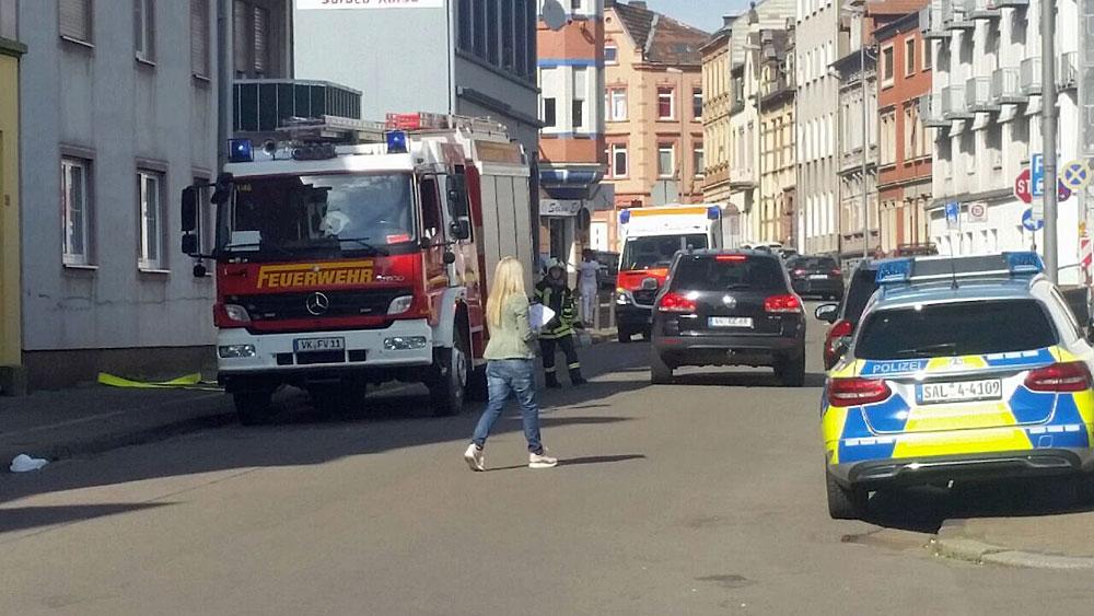 Die Feuerwehr rückt in der Poststraße an (Leserfoto)