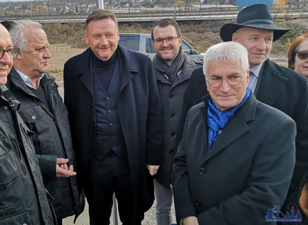 """Oberbürgermeister a.D. Klaus Lorig (rechts im Bild) freut sich: """"Ich habe das Vertrauen in das Vorhaben der Familie Röther nie verloren!"""""""