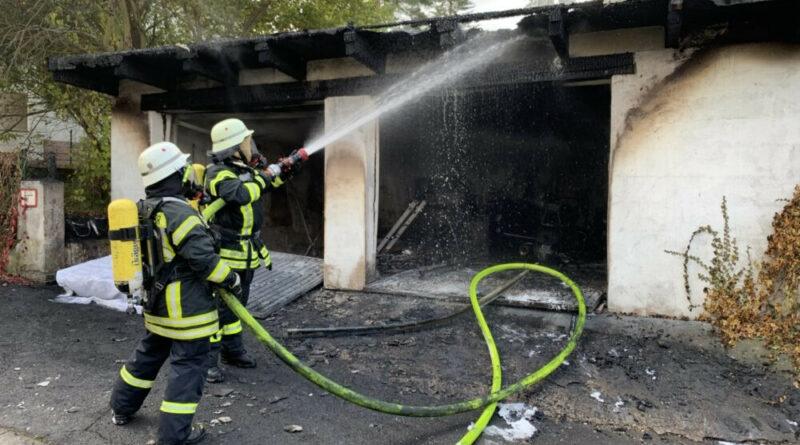 Garagenbrand in Ludweiler (Foto: Freiwillige Feuerwehr Völklingen)