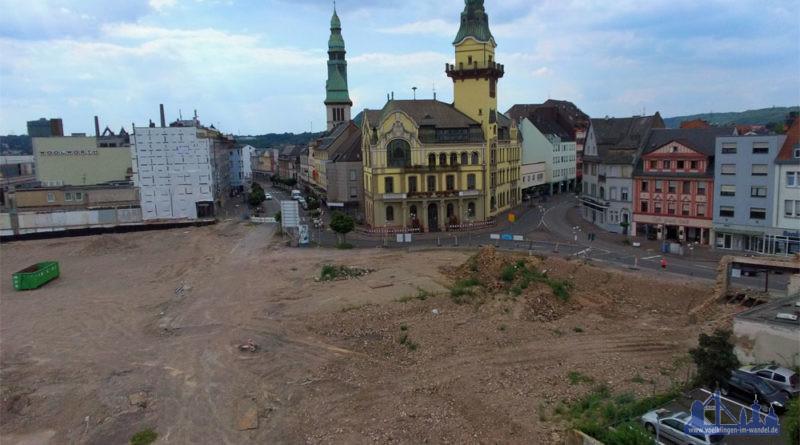Auf dem Grundstück kann mangels Baugenehmigung aktuell nicht viel passieren (Foto: Privat)