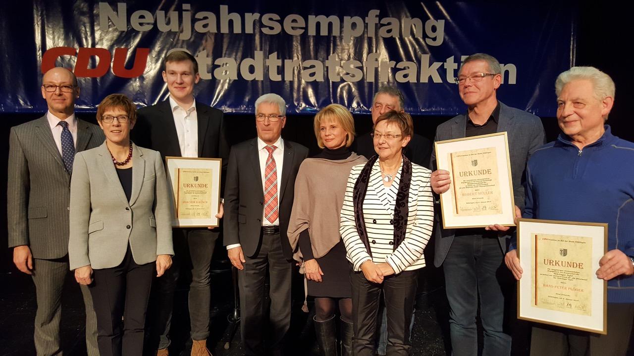 Stefan Rabel, Annegret Kramp-Karrenbauer, Joachim Kausch, Klaus Lorig, Christiane Blatt, Matthias Schmitt, Gisela Rink, Robert Müller, Hans-Peter Plöger (v.l.n.r.; Foto: CDU)