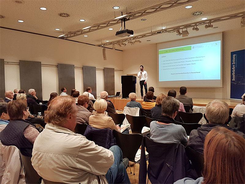 Luigi Avarello stellte auch Zahlen aus dem Bereich der Pflege vor