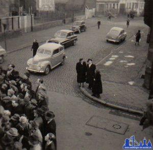1940: Publikum bei einer Veranstaltung in der Poststraße © Strempel