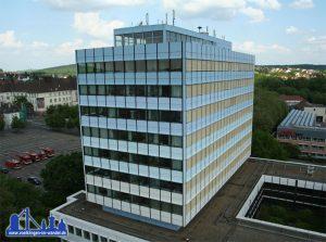 Das neuen Rathaus hat inzwischen einen frischen Anstrich erhalten (Foto: Andreas Hell)