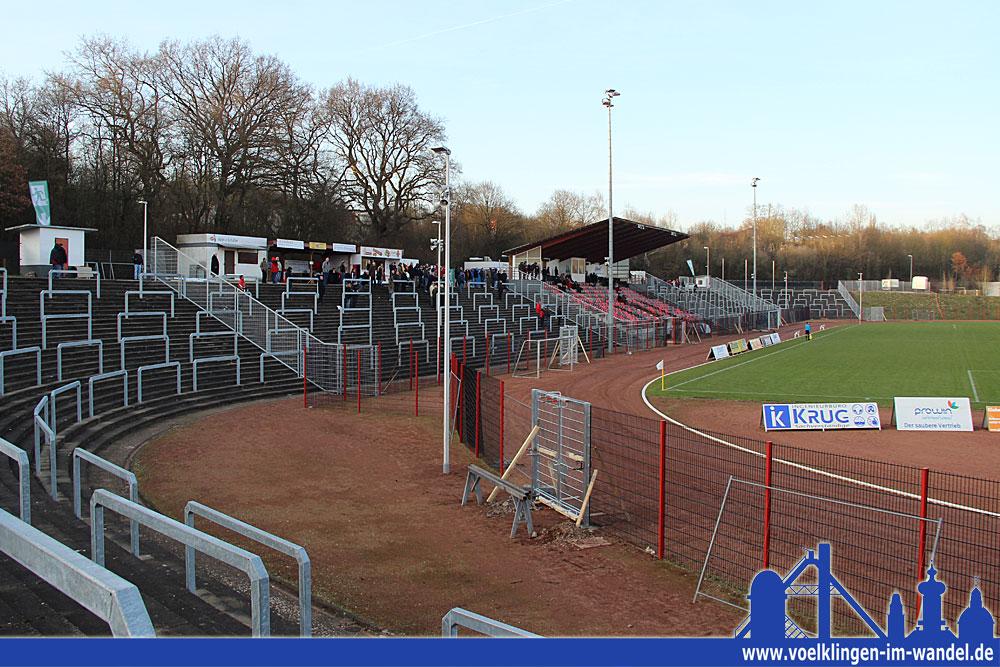März 2016: Die Arbeiten zur Regionalliga-Tauglichmachung sind im vollen Gange (Foto: Andreas Hell)