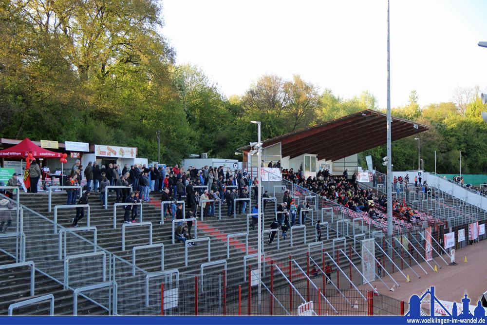 Nur 676 Zuschauer wollten das Spiel sehen - beim Hinspiel in Neunkirchen waren es noch 5000! (Foto: Hell)