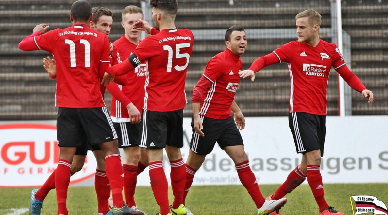 Jubel beim SV Röchling nach dem Treffer zum 1:1 (Foto: SV Röchling)