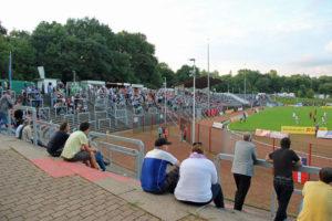 1627 Zuschauer sahen nicht nur ein sehenswertes Fußballspiel,....