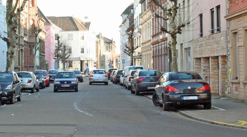 VK-Kennzeichen werden bald nach und nach aus dem alltäglichen Straßenbild verschwinden. (Foto: Hell)