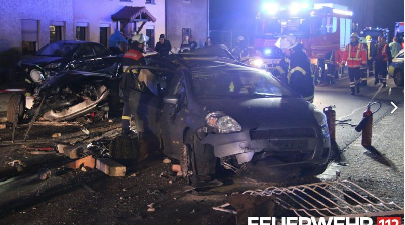Verkehrsunfall Lauterbach (Foto: Feuerwehr Völklingen)