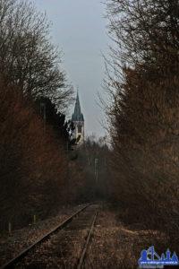 Nicht nur Sinnvoll, auch schön liegt die Strecke mitten im Wald (Foto 2013: Hell)