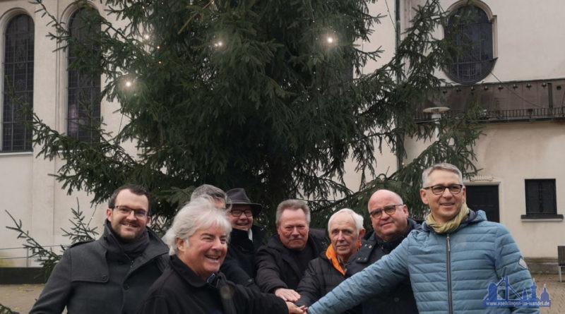 Einschaltung der Weihnachtsbeleuchtung (Foto: Stadt VKL/H.)