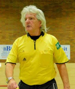 Werner Kunze pfeift auch heute noch Fußballspiele (Foto: SVR)