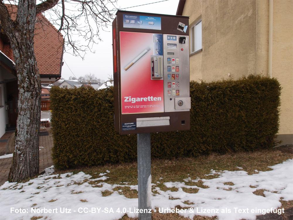 Symbolfoto Zigarettenautomat (Foto: Norbert Utz - CC-BY-SA 4.0-Lizenz - Urheber & Lizenz als Text eingefügt)