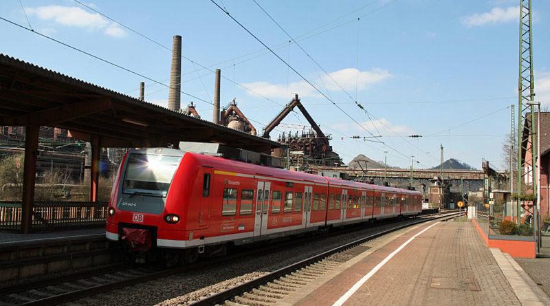 Zug im Bahnhof Völklingen (Symbolfoto)